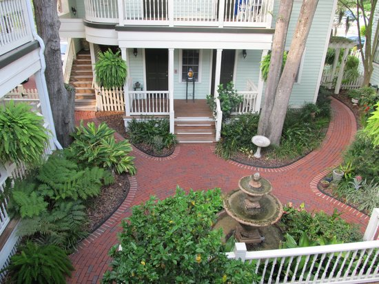 The Addison on Amelia Island: Courtyard and Fountain