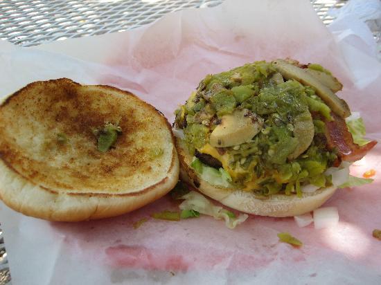 Sugar's BBQ: Sugar Burger Inside mmmmmm......
