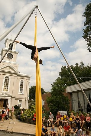 ‪Philadelphia School of Circus Arts‬
