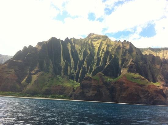 Kauai Sea Tours: the beautiful Napali coast