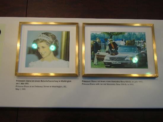 พิพิธภัณฑ์ยานยนต์ เมอร์เซเดส-เบนซ์: Intoduction to Princess Diana car