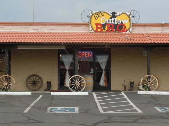 BK's Outlaw BBQ: BK's is actually on Arivaca Road around the corner from Nogales HY
