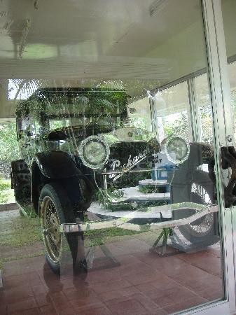 Aguinaldo Shrine: His car