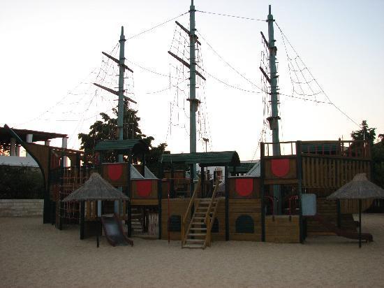 Aldemar Royal Mare Thalasso Resort: The mini-club area
