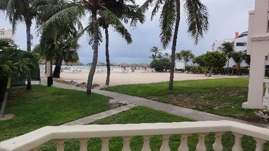 Bucuti & Tara Beach Resort Aruba: Our view from our room