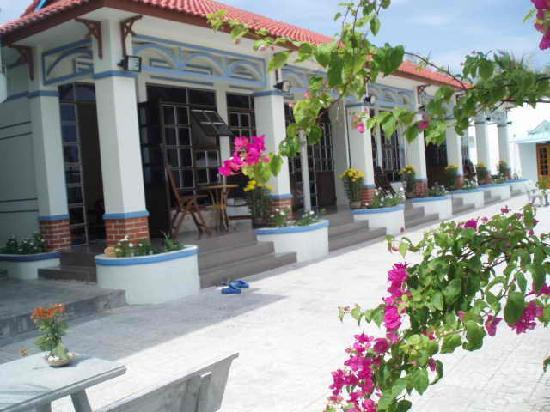 Song Cau Town, Vietnam : Apartments in resort