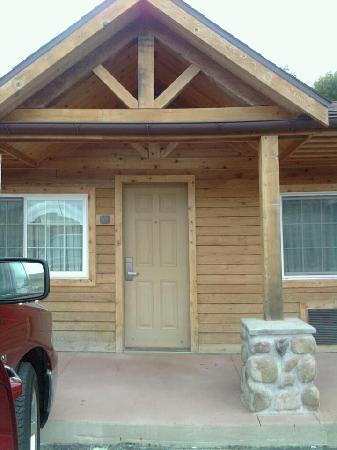 Best Western Starlite Village: beautiful cabin