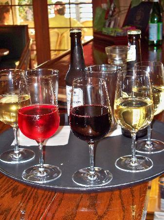 """Le Catalan: """"wine down"""" on the Riverwalk!"""