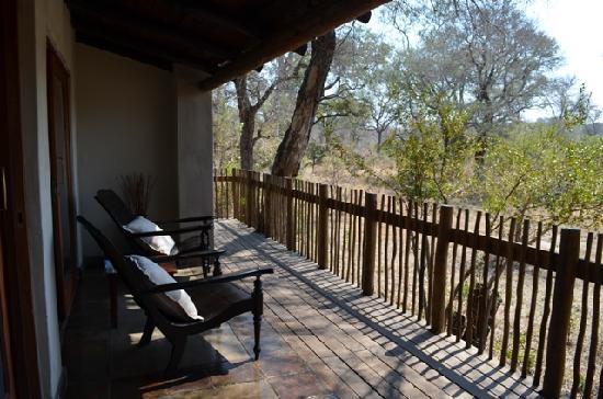 Notten's Bush Camp: veranda