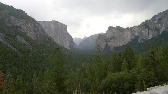 Yosemite Valley(2)