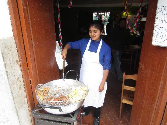 Las Gemelas: Cooking it Up