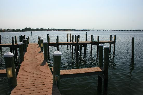 Tortuga Beach Resort: boat dock