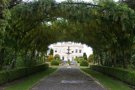 Brodsworth Hall and Gardens: Archway