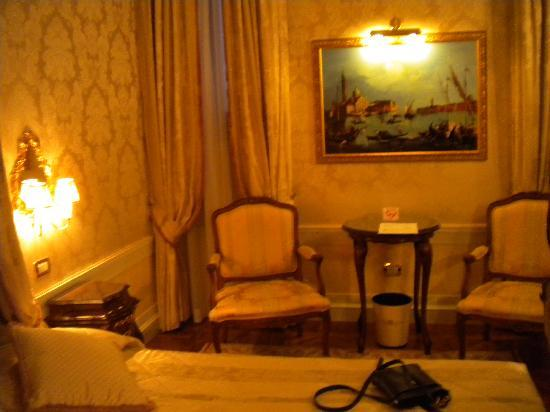 Hotel Canal Grande: Sitting area