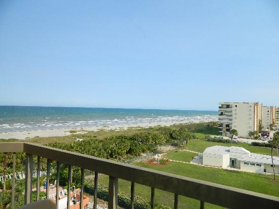 DoubleTree by Hilton Hotel Cocoa Beach Oceanfront: the view from our balcony,  beautiful!