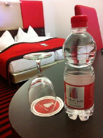 Airport Hotel Basel: even the water bottle is red