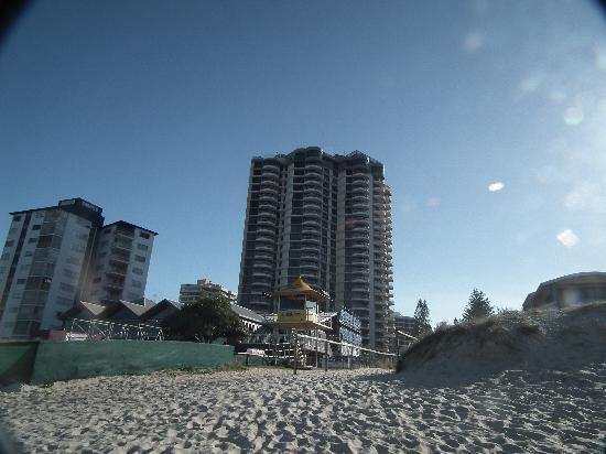 BreakFree Acapulco: walk to the beach