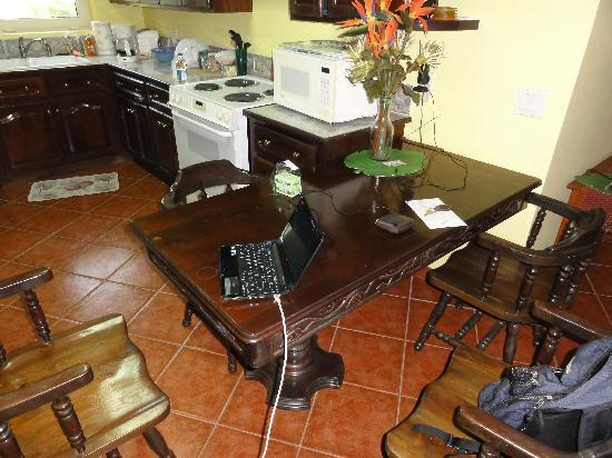 Casa de Paradise: Great kitchen!