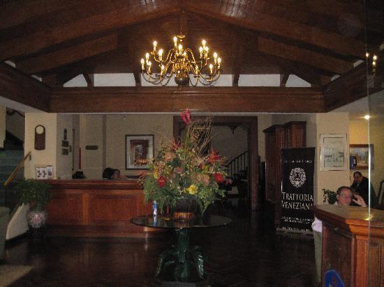 BEST WESTERN PLUS Hotel Stofella: Hotel Lobby