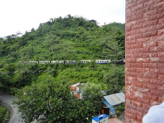 Chandermukhi Resorts: Toy train as seen from my room