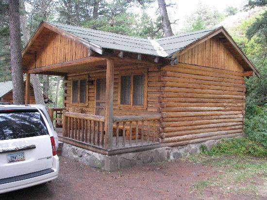 Shoshone Lodge & Guest Ranch: Cabin
