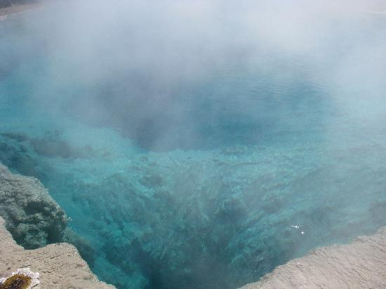Shoshone Lodge & Guest Ranch: Blue Hole Yellowstone