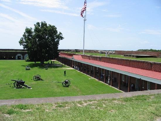 Fort Pulaski National Monument: Courtyard