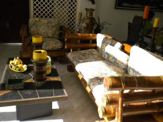 Hosteria Mar y Sol: Sala de recepciòn