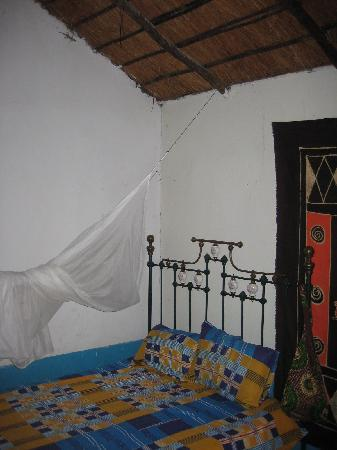 Cape Maclear Mufasa Backpacker Lodges: My bed with mosquito net