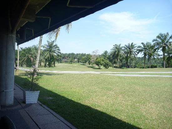 Saujana Golf & Country Club: レストランからの風景