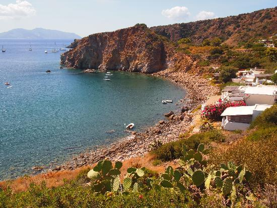 SAT Group Tours: Bay in Panarea