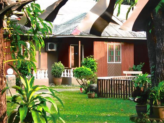 Cherating Eastana Beach Resort: sorrounding
