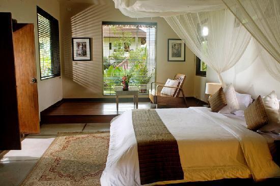 The Shore Villa: Oceanview suite