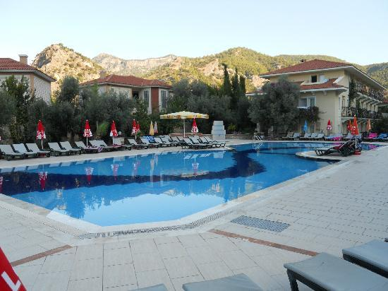 Mavruka Hotel: pool