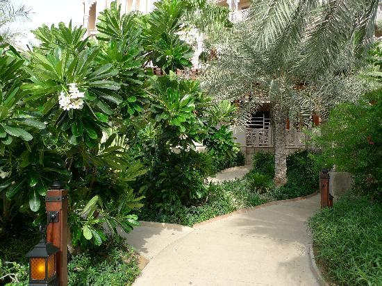 Jumeirah Al Qasr at Madinat Jumeirah: garden