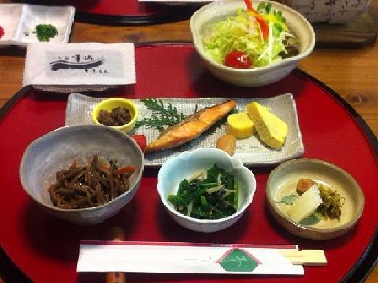 Oyado Hanabo: 朝食