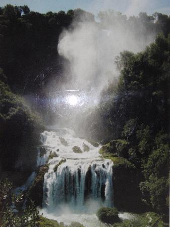 Agriturismo La Torriola: Terni, Cascata delle Marmore