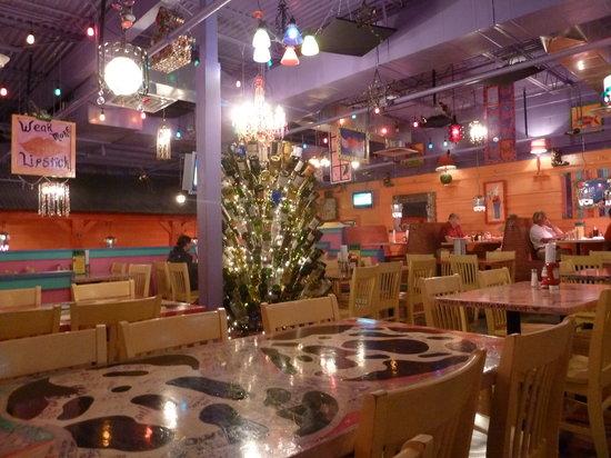 Jack's City Grill: Decor