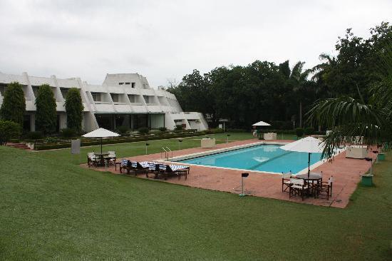 โรงแรม เดอะ เรดิสัน แจ๊ส คาจูราโฮ: piscina2