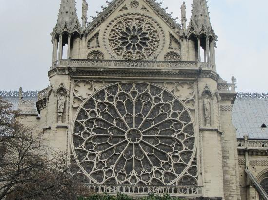 Chartres Cathedral: Great guide!