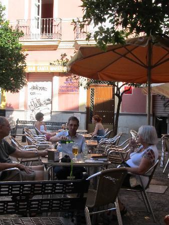 Apartamentos San Andres: petit déjeuner sur la place
