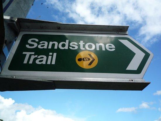 Sandstone Trail : Sign