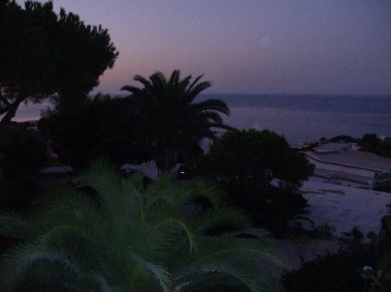 Park Hotel & Terme Romantica: Morgendämmerung