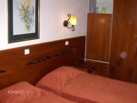 Vermion Hotel: Our room