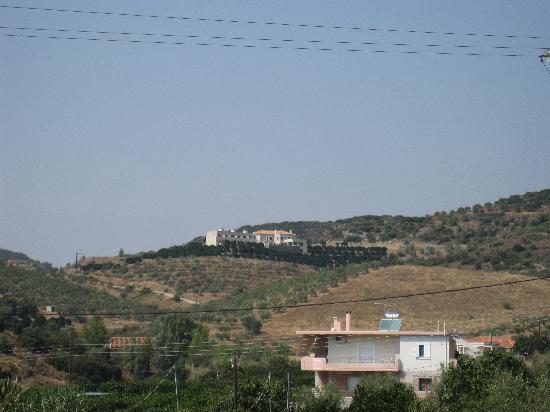 Hotel Perivoli: Ruhige Lage in den Hügeln