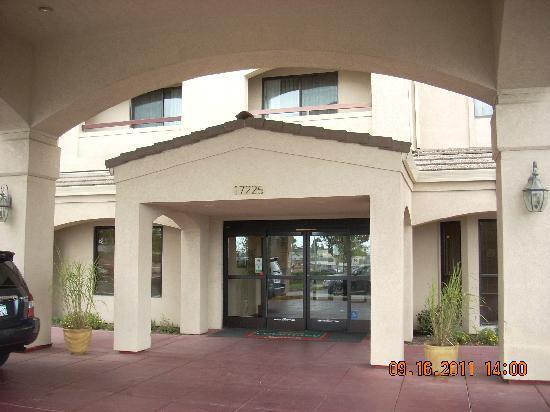 Courtyard Salinas Monterey : Entrance