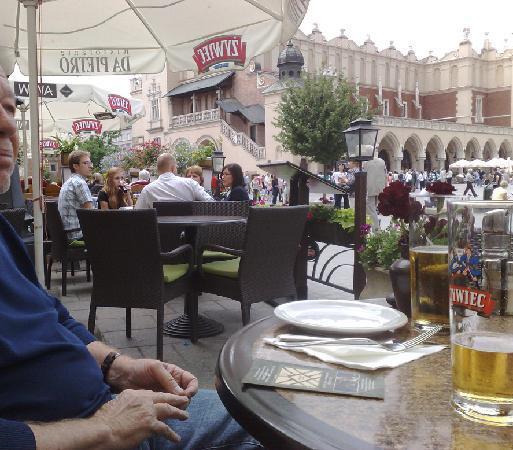 ตลาดนัดรีเน็ค โกลนี่: main market square - Krakow