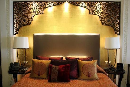 โรงแรมจูไมราซาบีลซาเรย์: The bed, very big, very comfy!