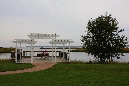 Holiday Inn Express Kent Island: HIE - Kent Narrows - Grasonville - Serene water view