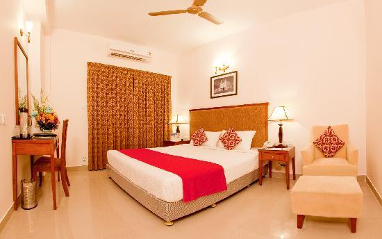 Mgm vailankanni residency updated 2018 resort reviews Hotels in velankanni with swimming pool